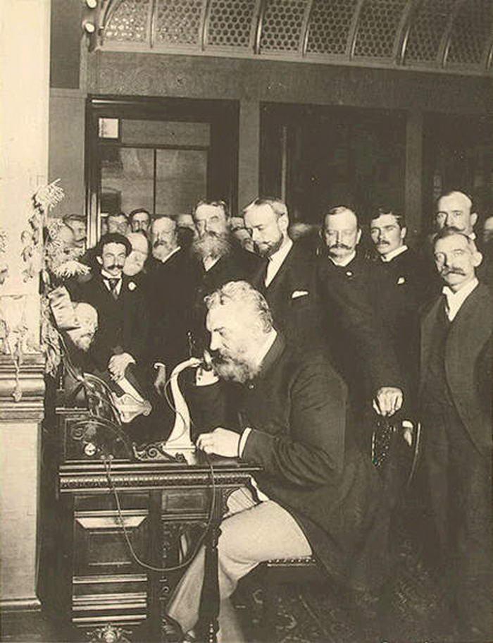Alexander Graham - steampunk.cz